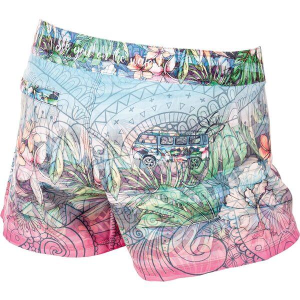 shorts_woman_happiness_back2